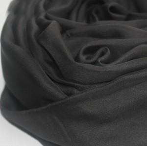 永遠のブラック レディース シルクスカーフ