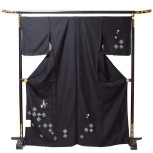 単衣付下げ 洗える シンプルな四角柄 黒 送料無料