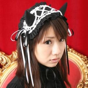 小悪魔の角付きヘッドドレス黒×白 645 ゴスロリ・ロリータ パンク コスプレ コスチューム メイド