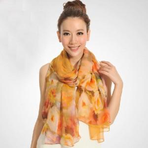 ピュアシルク スカーフ ファッショントレンド