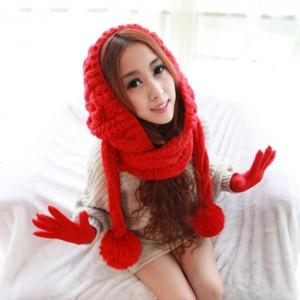 レッド日韓系マフラーマント毛糸帽子
