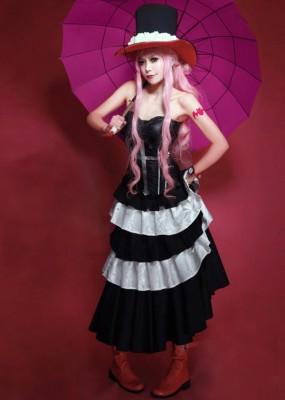 ワンピース ペローナ ONEPIECE ゴーストプリンセス ペローナ 黒白ドレス コスプレ衣装