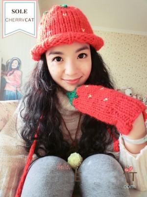 カワイイレッドイチゴ帽子+手袋カワイイ