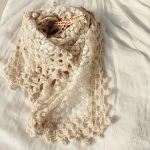 森ガール レース 手作り花柄刺繍入り ケーブル編み透かし ストールマフラースヌード