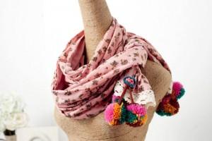 ナチュラル花柄リネンマフラー毛糸フリト付 秋冬森ガール